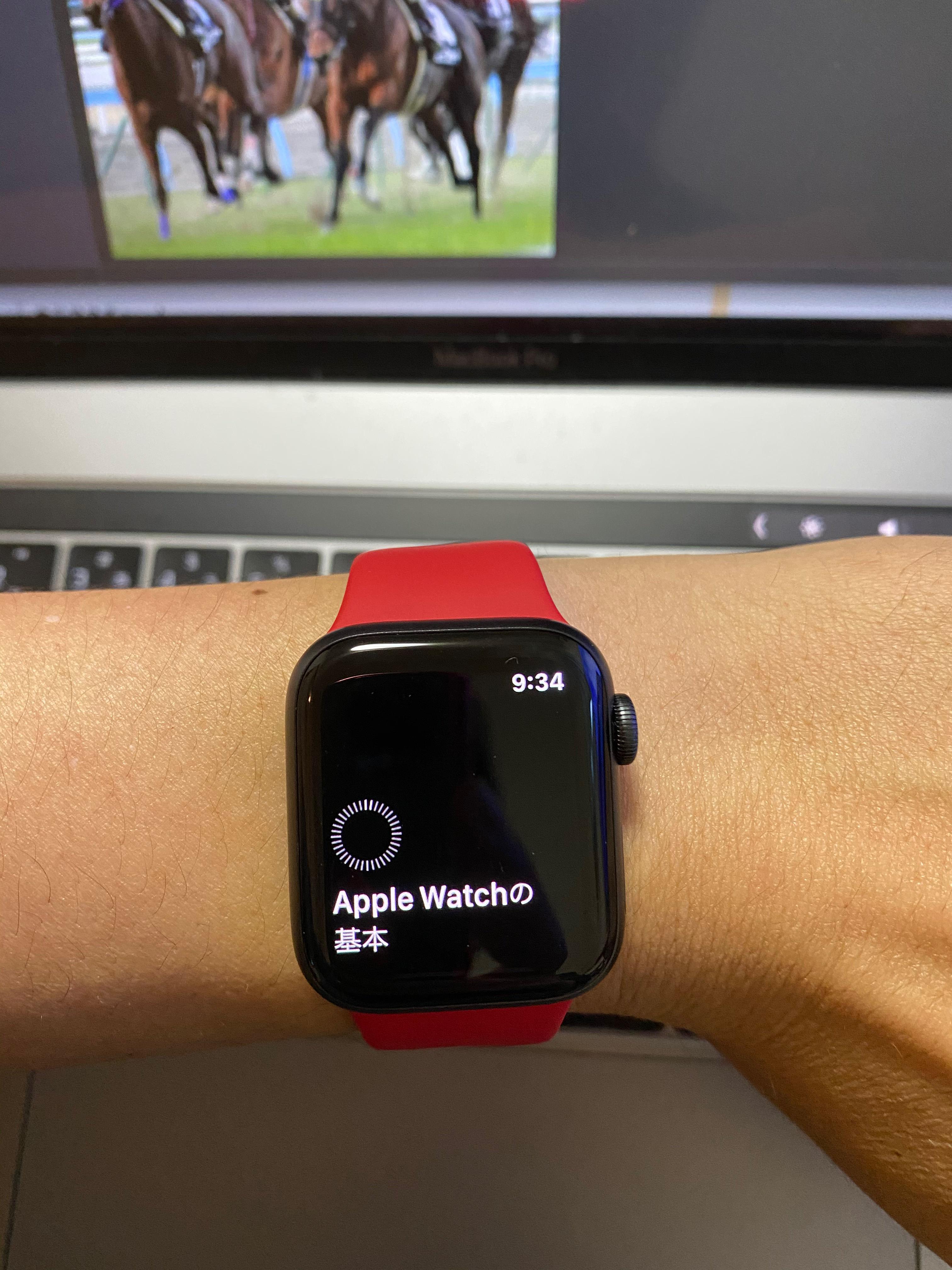 Apple Watch第5世代を装着